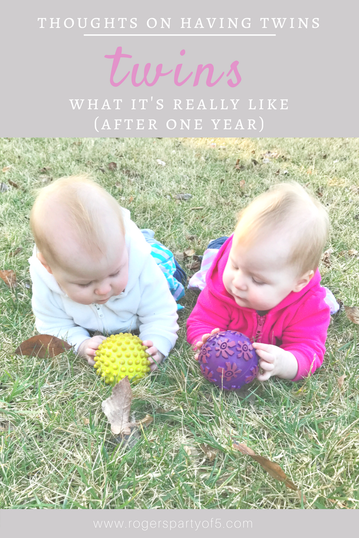 What it's really like to have twins... thoughts from a twin mom after surviving one year of twins!
